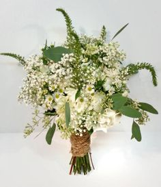 Calgary's floral designer, Dahlia Floral Design - Check out our gallery of White and Green wedding bouquets. Browse our images now.