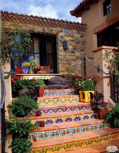 Mexican-style tiles on the stair risers in the garden. From Phoenix Home & Garden magazine.