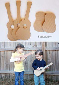 Ingeniosas guitarras de cartón