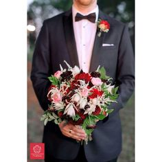 Wedding bouquet • La Tee Da Flowers - Tyler, Texas Tyler Texas, Wedding Bouquets, Weddings, Tees, Flowers, Photography, Fashion, Fotografie, Moda