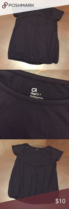 Brand New GapFit Athletics Black Yoga Top This black GapFit yoga top is made of stretchy, dry-wick fabric and makes for a trendy athleisure look. It has a relaxed fit and is not up for trade. Never worn and brand new. GapFit Tops