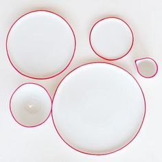 A simple but beautiful ceramic dinnerware set by Poketo. The splash of color on the rims of the pieces sets this set apart and gives it personality. Love the simple but powerful concept. Poketo