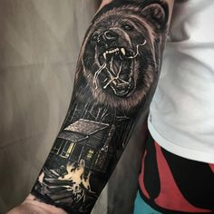 "Galeria Tattoo on Instagram: ""Tattoo por @dylanwebertattoos ! Tatuadores(as), usem a hashtag #galeriatattoo ! . . . #realismo #beartattoo #tattoo #urso #blackink #details #skill"""