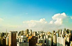 Entre os dias 15 e 16 de março o Centro de Convenções Frei Caneca recebe mais uma edição do Salão do Estudante 2014, a maior feira de intercâmbios e cursos no exterior da América Latina.