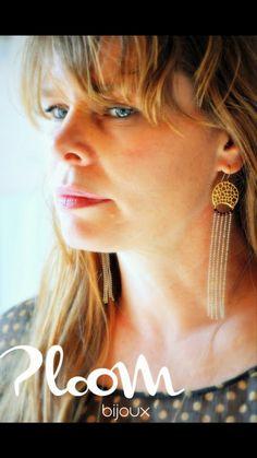 Les incontournablesBoucles d'oreilles de soirée Diva Gaudi by PloomBijoux #bijouxdefete#bouclesdoreilleselegantes