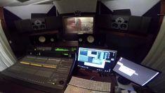 Tours, Studio, Studios