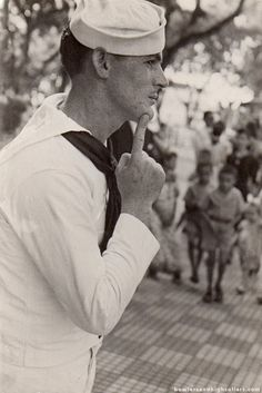 sailor – Bowlers And High Collars Vintage Sailor, Vintage Men, Us Sailors, Photo Scan, Forgetting The Past, South Pacific, Us Navy, High Collar, Hot Guys