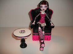 Handmade+Monster+High+Wingback+Chair+and+Table+by+monsternitezzzz,+$19.99