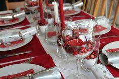 einfache Tischdeko zu Weihnachten - Rot und Weiß kombinieren