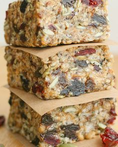 26. Fuel-to-Go Homemade Protein Bars #bars #cheap #recipes http://greatist.com/eat/diy-energy-protein-bar-recipes