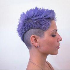 Kurzhaarschnitte: frech und die neuesten Haarfarben Trends!