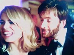 David Tennant and Billie Piper. :) <<< his face though!!! Haha!!!