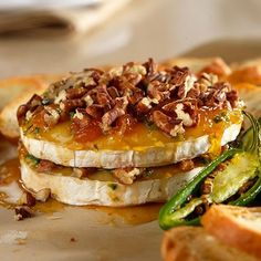 Tangy+Pepper-Pecan+Brie+-+The+Pampered+Chef®