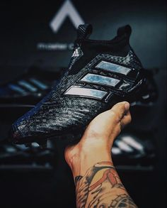 #footyfeature from @oad_ari What a boot! 5 stars? . . Shop the @adidasfootball chequered pack using LINK IN BIO . . #footydotcom #fcfc #footballboot #soccercleats #cleats #football #soccer #futbol #cleatstagram #totalsoccerofficial #fussball #footballboots #adidas #adidasfootball #neverfollow #chequered #chequeredblack #blackandwhite #featuredfootwear #design #boxfresh #threestripes #purecontrol #ace17
