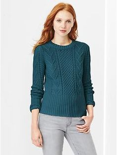 Cable knit sweater // casual holiday perfection, in a deep green jewel-tone with jeans or velvet pants