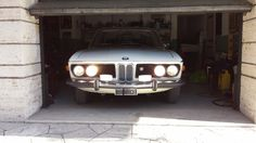 Я отчаянно хочу этот BMW 2800 CS 1970 года  На протяжении второй половины шестидесятых – начала семидесятых BMW построили несколько разных моделей на базе шасси E9. Все они были исключительны. Первым из них стал BMW 2800 CS – автомобиль, который сочетал в себе великолепный с�