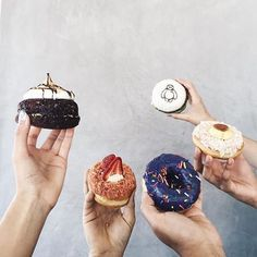 Use this calorie calculator to determine how many daily calories your body needs to lose, gain, or maintain your weight. Donuts, Donut Flavors, Calorie Calculator, Donut Shop, Invitations, Invite, Fitness Nutrition, Diet, Instagram Posts