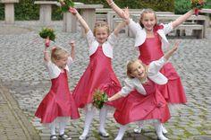 4 mooie bruidsmeisjes. Trouwen, bruiloft, bruidskinderen.  bruidskindermode.nl Girl Fashion, Style, Women's Work Fashion, Swag, Girl Clothing, Outfits