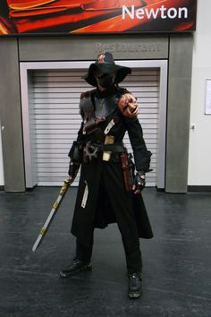 Very cool Warhammer cosplay