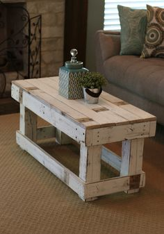 35 easy & free plans to build a diy coffee table 33 « Home Decoration Couch Furniture, Diy Pallet Furniture, Diy Pallet Projects, Farmhouse Furniture, Farmhouse Table, Furniture Projects, Rustic Furniture, Farmhouse Decor, White Farmhouse