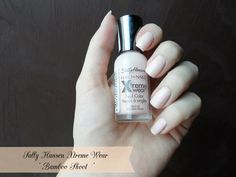 Need a good nude polish? Check this one by Sally Hansen on bellashoot.com