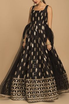 Black Gota Patti Anarkali Price: INR Black is back and how! Radiant gotapatti romances black in the most flattering outfit from our collection. Black gotawork anarkali with sheer, net dupatta. Indian Fashion Dresses, Indian Gowns Dresses, Dress Indian Style, Indian Designer Outfits, Pakistani Dresses, Bollywood Dress, Dress Fashion, Fashion Outfits, Curls