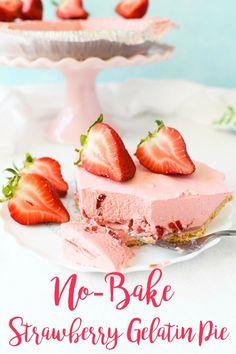 Strawberry Gelatin Recipe, Fresh Strawberry Desserts, Gelatin Recipes, Jello Recipes, Dessert Recipes, Fresh Fruit, Ice Cream Pies, Ice Cream Desserts, No Bake Desserts