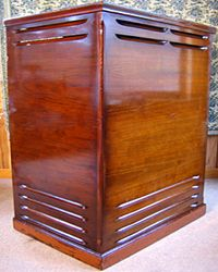 Leslie 147 Speaker Cabinet Vintage Synth, Vintage Keys, Rock N Roll, Leslie Speaker, Hammond Organ, Organ Music, Wall Of Sound, Speakers For Sale, Cabinets For Sale