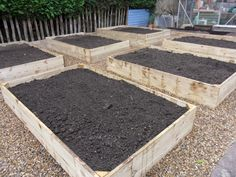 Raised Bed Vegetable Garden Layout | ... time to fill the beds as I'd planned back in the dark days of winter