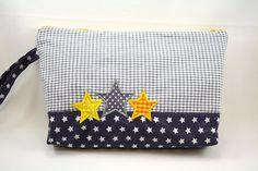 Windeltaschen - Wickeltasche Windeltasche 3 Sterne - ein Designerstück von strickgustl bei DaWanda
