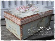Altered Shoe Box by LLC DT Member Elin Torbergsen, using papers from Riddersholm Design.