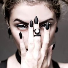 Occult midi ring in Black – The Rogue + The Wolf