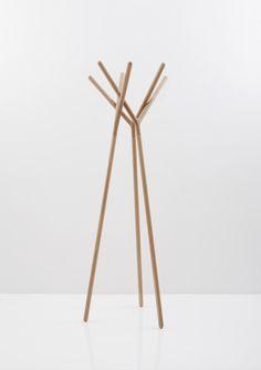 Yiannis Ghikas - Game of Trust Coat hanger Wood Furniture, Furniture Design, Support Mural, Coat Stands, Coat Hanger, Home And Deco, Back To Nature, Interior Accessories, Minimal Design