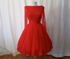 This is sooo mad men! Dazzling red chiffon party dress with wings new look cocktail dress bombshell chic rockabilly swing danc Vintage Dresses 50s, 50s Dresses, Pretty Dresses, Beautiful Dresses, Vintage Outfits, Vintage Fashion, Awesome Dresses, Fabulous Dresses, Red Chiffon