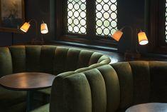 Restaurant Booth, Restaurant Seating, Restaurant Design, Booth Seating, Banquette Seating, Zigarren Lounges, Amsterdam Bar, Cocktail Bar Design, Speakeasy Decor