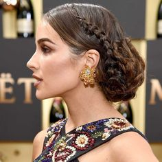 Golden Globes 2017 - Olivia Culpo wears a dramatic braided updo - quite a regal looking hairstyle! Night Hairstyles, Hairstyles Haircuts, Braided Hairstyles, Wedding Hairstyles, Cool Hairstyles, Braided Updo, Low Updo, Hairstyle Ideas, Casual Hairstyles