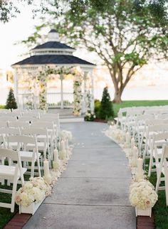 photo: Justin DeMutiis Photography; Elegant wedding ceremony idea
