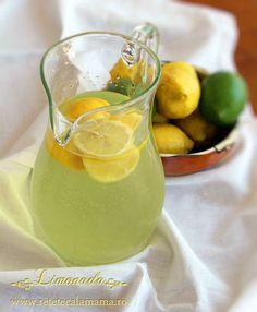 limonada, reteta de limonada 2 Romanian Food, Romanian Recipes, Sweet Memories, Punch Bowls, Asparagus, Deserts, Good Food, Food And Drink, Drinks