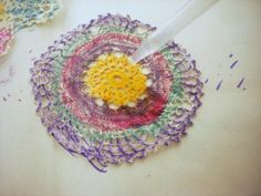 Dying crochet lace with Sharpies