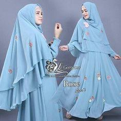 Rose syar'i by Lil'gorgeous  Bahan ceruti ultimate dihiasi bunga mawar tabur bordir manual hasilnya lebih halus dibanding bordir komputer. Karet pinggang belakang LD 100 Pb 140 cm kancing ujung tangan. Pinggiran khimar dibordir  dihiasi bunga tabur. Ukuran khimar 90/130 cm  Retail: 445.000 Reseller 425.000 est. ready 12 okt  Line @kni7746k  Wa 62896 7813 6777  #Pin #hijaberbrandedterbaru #rosesyaribylilgorgeous #gamiskhimarsetbrandedoriginal #gamissyaribrandedterbaru #jualgamiskhimarbranded…