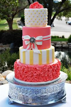 "dreamyweddingfantasies: ""85 Amazing Summer Wedding Cakes Ideas image credit: www.onesweetslice.com"" ♡♡"