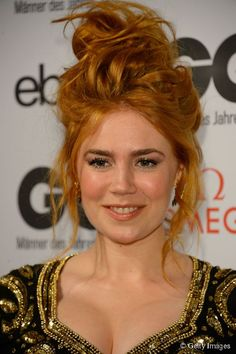 Palina Rojinski: Alle wollen die Frisur der Queen of Comedy - - Pretty Redhead, Stunning Redhead, Redhead Girl, Afro, Red Hair Woman, Le Jolie, Ginger Hair, Freckles, Girl Crushes