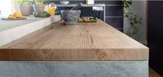 Egger H1180 Natural Halifax oak  38mm bench top has synchronised pore technology, with an availability of matching or cross cut ABS edging. This beautiful colour has such a realistic look and feel keeping it authentic.