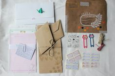 Snail mail (by Creating impossible gardens)