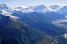 Parque Nacional Yendegaia. XII Región de Magallanes y Antártica Chilena. Prov. de Tierra del Fuego, Chile. El Parque Nacional Yendegaia comprende desde la Isla grande de Tierra del Fuego, al sur del Río Azopardo y Lago Fagnano, y entre el Parque Nacional D´Agostini, Chile y la República Argentina.