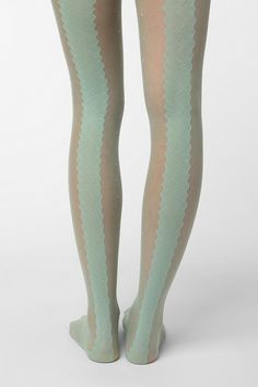 minty lacy dotty.