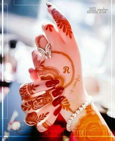 L(*OεV*)E Unique Mehndi Designs, Beautiful Mehndi Design, Henna Designs, Blouse Designs, Marriage Poses, Alphabet Letters Design, Alphabet Images, Letter Photography, Nature Photography