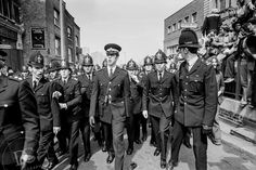Battle for Lewisham in London - Decorative Collective Antiques Online, Selling Antiques, Black N White Images, Black And White, National Front, Dc Photography, London Police, Galleries In London, Old London