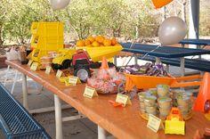 Construction birthday party: bulldozer cake - balhoffs Photos