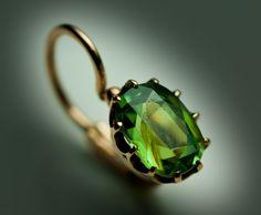 nice Камень зеленый гранат (50 фото) — Свойства и значения, оригинальные украшения